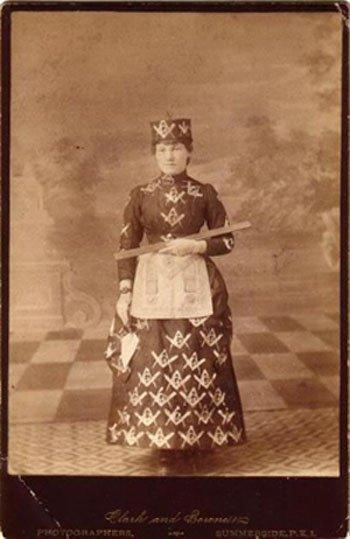 Female Masons, Freemasonry and Women, Women Freemasons, Female Freemasons, Feminine Freemasonry