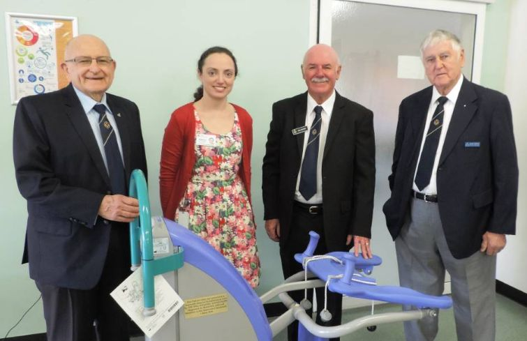 Freemasons have made a donation to Tamworth Hospital