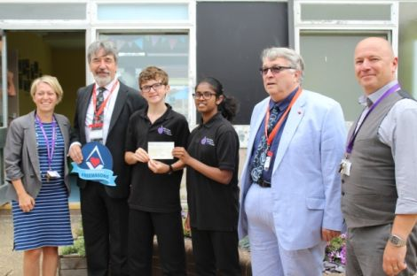 UK: Deaf school's move to Exmouth prompts £5,000 gift from Freemasons