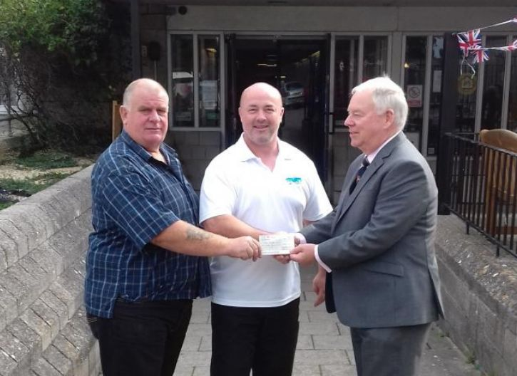England: Portland's Osprey Leisure centre receives £500 Freemason cash