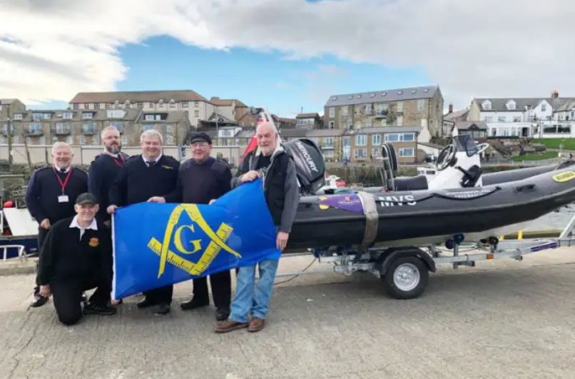 Freemasons meet their boat
