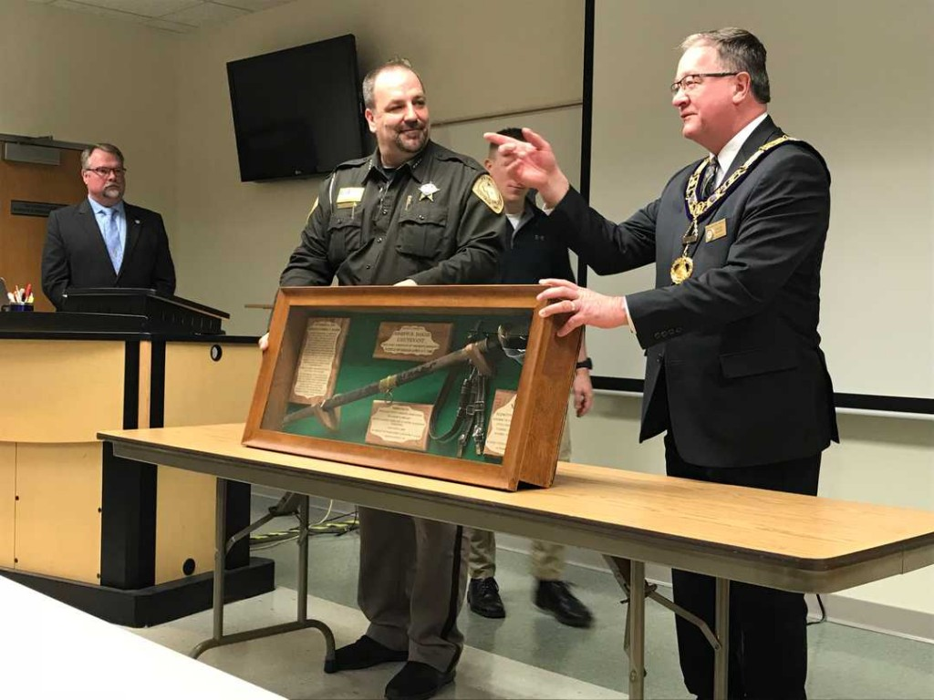 US -A Portage County Sheriff was shot by outlaws in 1875. His Civil War sword has new owners.
