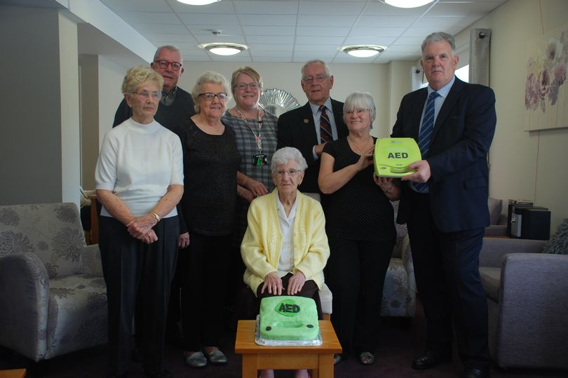 England - Ellesmere Port Freemasons lodges comes to the aid of retirement community