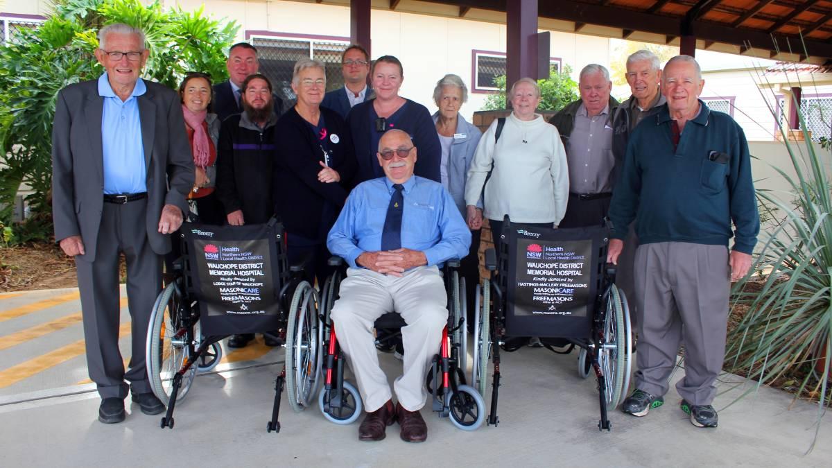 Australia - Wauchope Hospital gets wheelchairs thanks to Freemasons