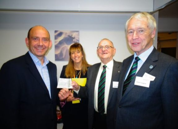 England - Acorns Children's Hospice receives £3,000 boost from the Worcestershire Freemasons