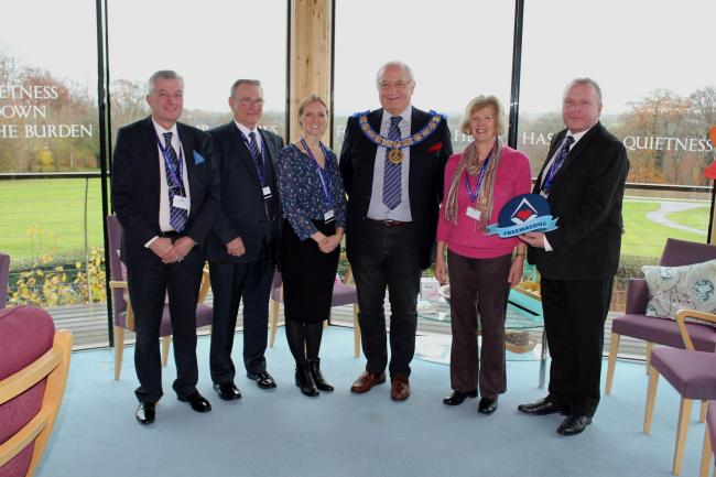 England - Freemasons' cash will support Dorothy House Hospice end-of-life care services