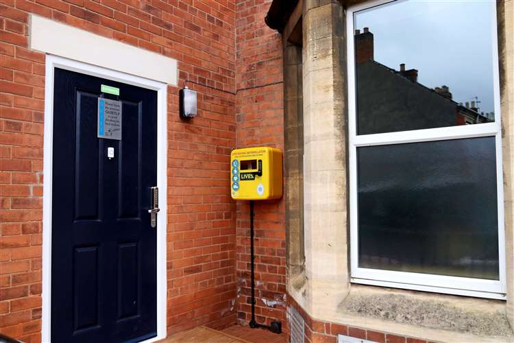 England - Grantham Freemasons make life-saving defibrillator available to the public