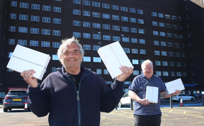 Scotland - Freemasons donate iPads for lonely hospital patients