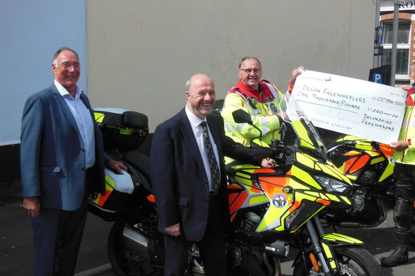 England - Bloodbikes ride away with £1000 from the Freemasons