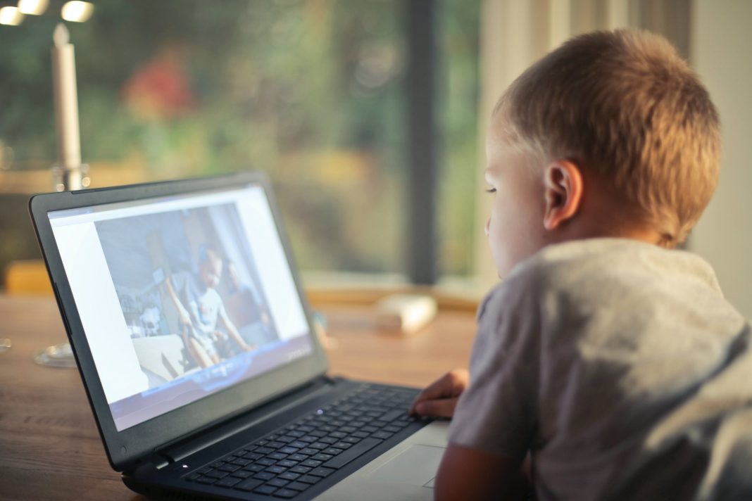England & Wales - Freemasons fund kids digital access