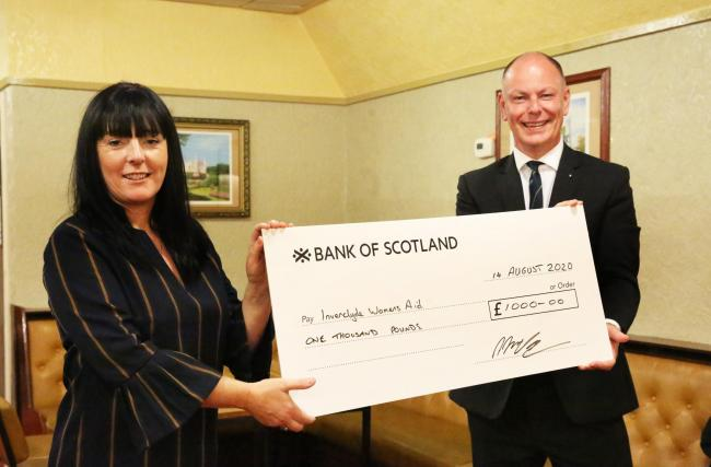 Scotland - Freemasons from a lodge in Inverclyde donated £1,000 to women's aid