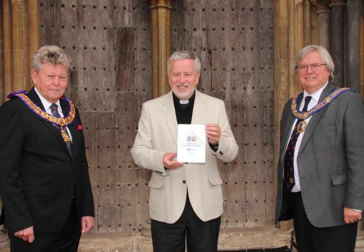 England - Freemasons help Wells Cathedral 'Bounce Back'
