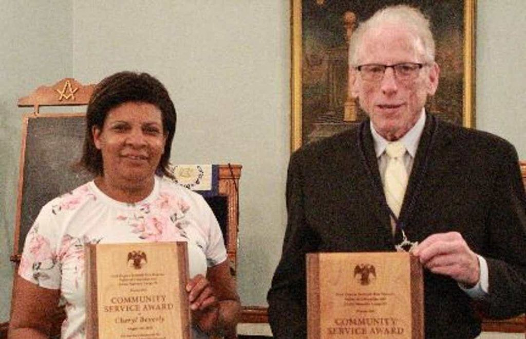 US - Masons honor community members for service to others