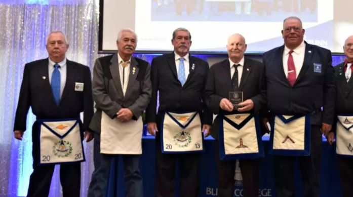 Texas/US - Warren Masonic Lodge No. 56 donates $21,640 to Blinn College Foundation