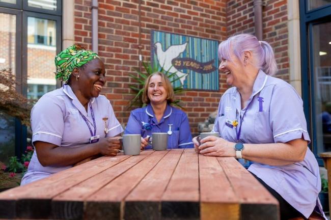 England - Freemasons donate vital funding to Peace Hospice Care
