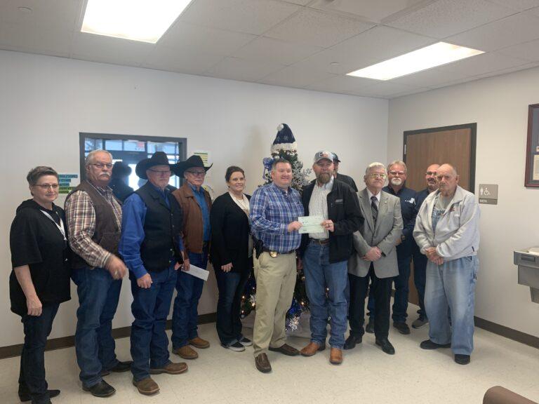 Texas/U.S. - Hopkins masonic lodges and BT medical make donation to Blue Santa Program