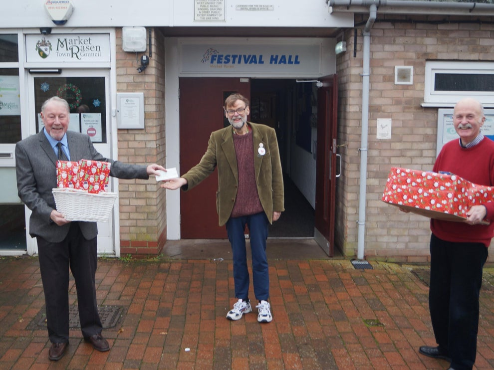 Lincolnshire/England - Freemasons' support for seasonal food and gift deliveries