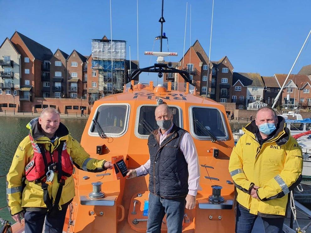 England - Freemasons donate to Eastbourne lifeboats
