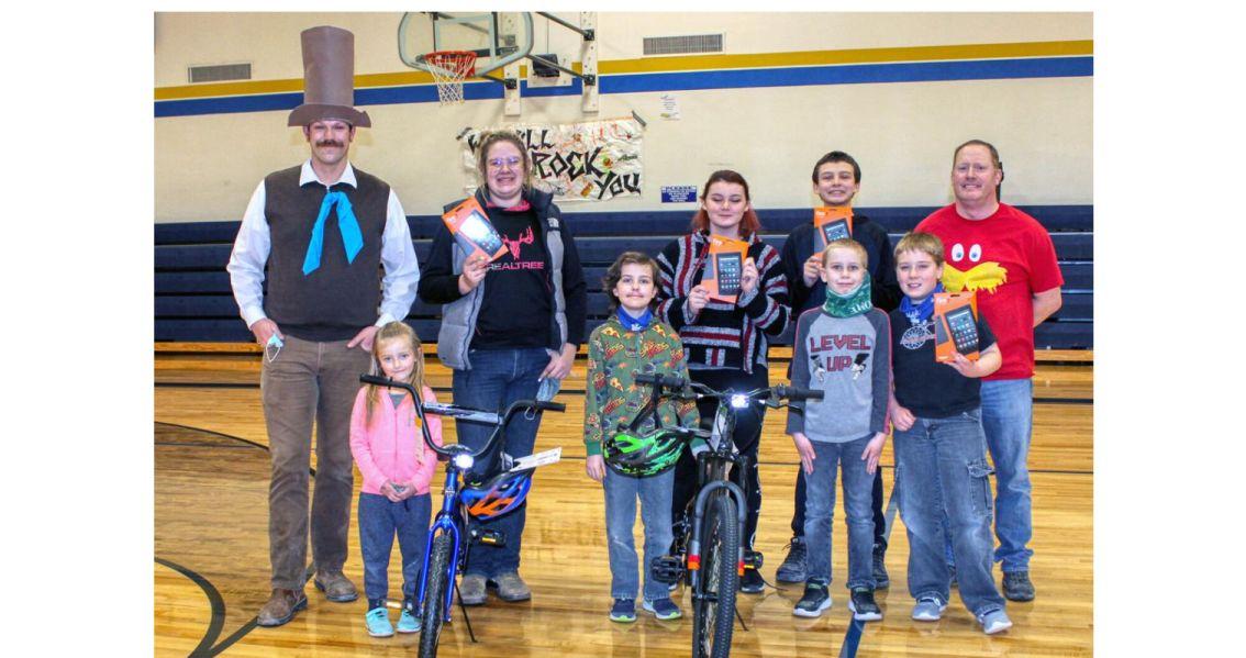 Ohio/U.S. - Augusta Masonic Lodge Donates Bikes and Kindles