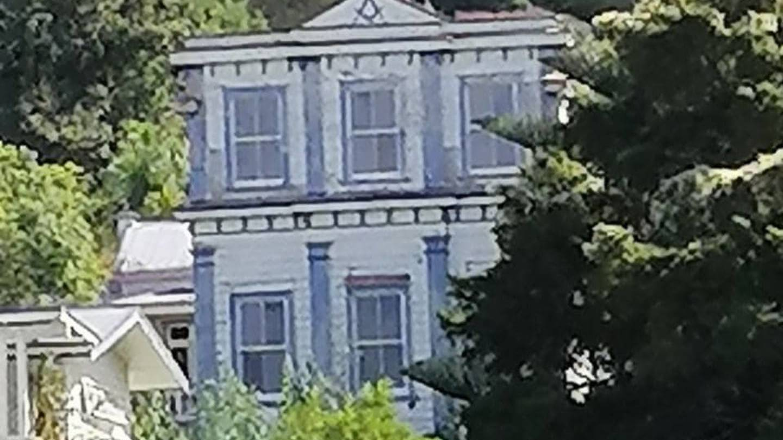 New Zealand - Fire crews battling blaze in historic Northland Masonic lodge