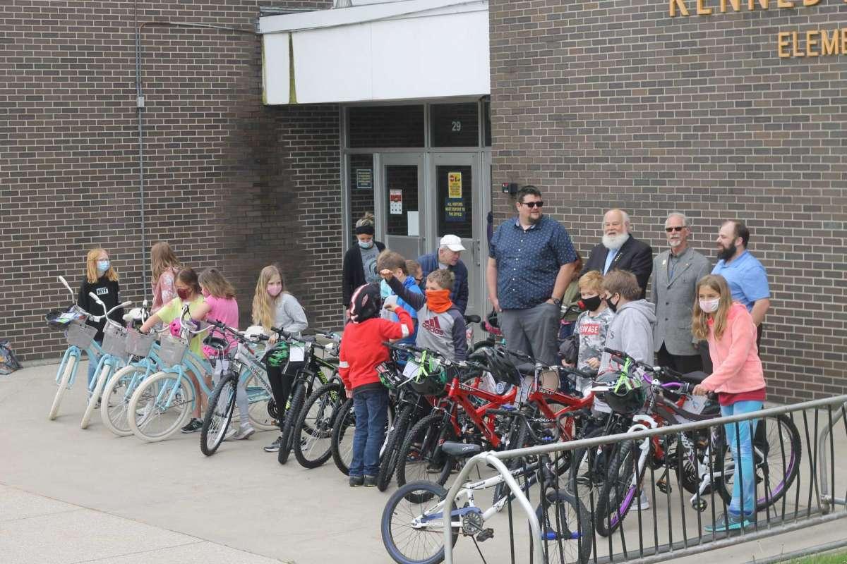 Michigan/U.S. - Manistee Masons' Bikes for Books program rewards reading