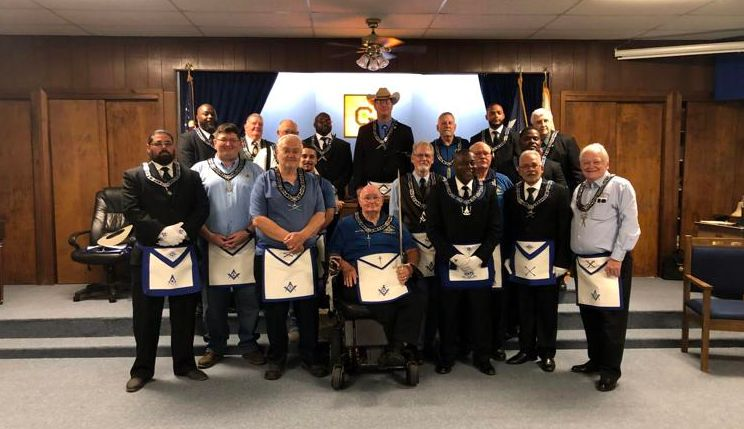 Texas/U.S. - New officers installed at Cove Masonic Lodge