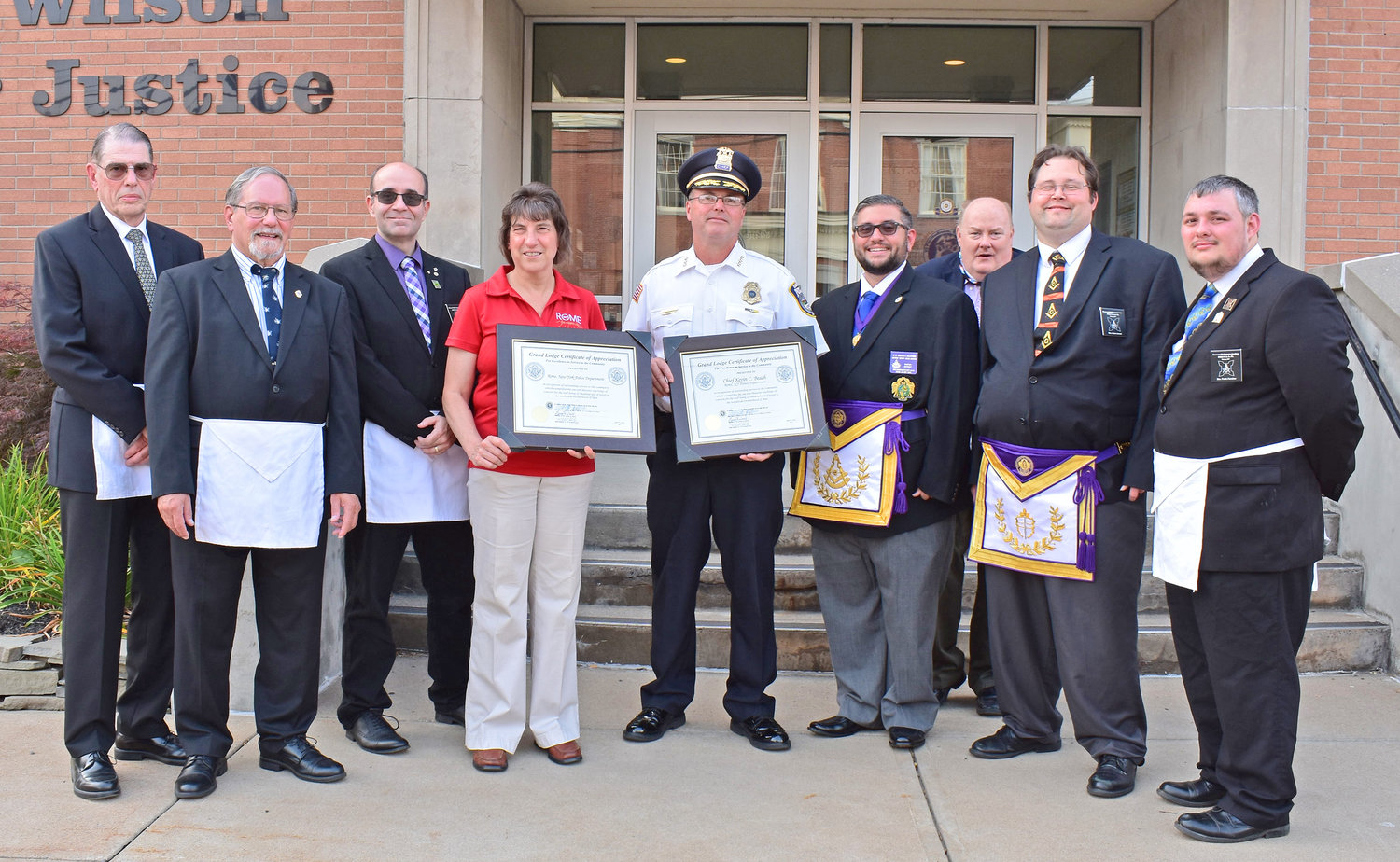 New York State/U.S. - Masons present Rome Police chief, department with awards