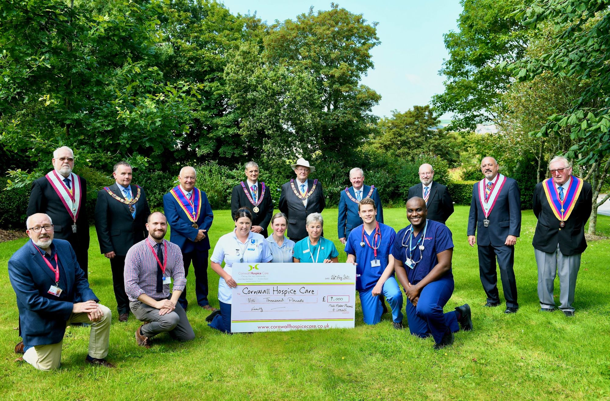 Cornwall/England - Freemasons raise £19,000 for hospices in St Austell and Hayle